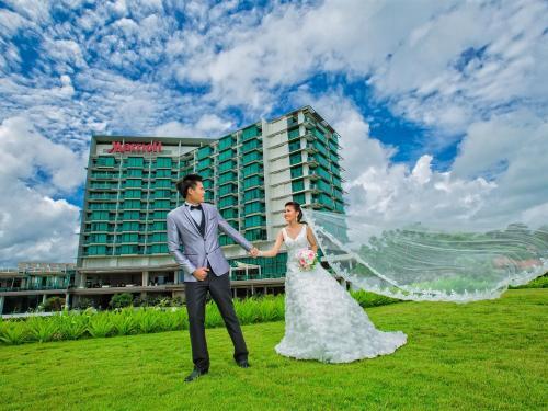 งานแต่งงานและงานเลี้ยง