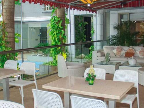 Restaurante y Ambientes