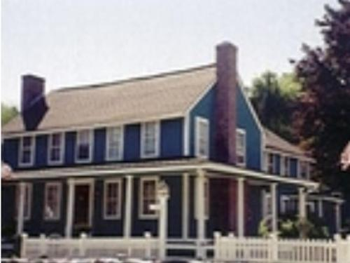 Captain Grant's & Avery Home