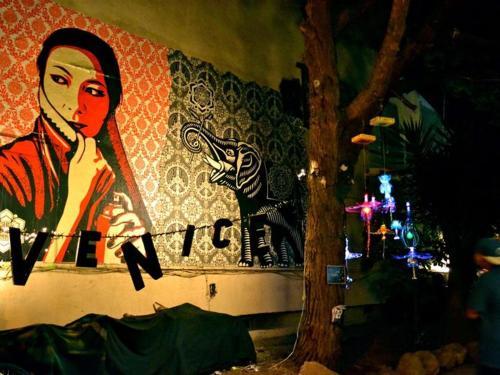 Venice Embraces Artistic Roots