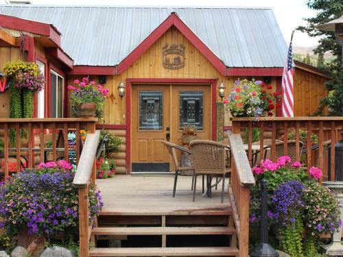 Creekside Café