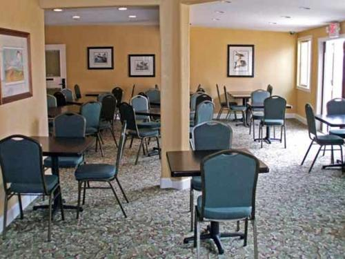 Aerie/Conference Room