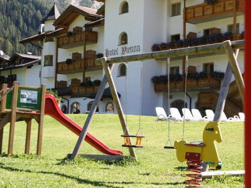 parco-giochi-hotel-vienna.JPG