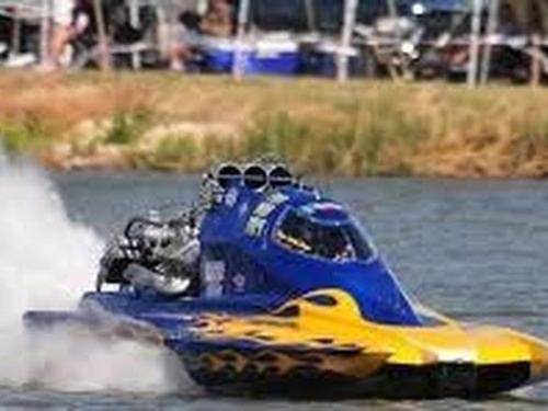 drag-boat-races-epi-2.jpg