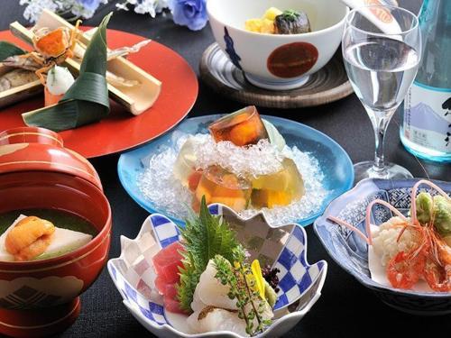 dining01_02.jpg