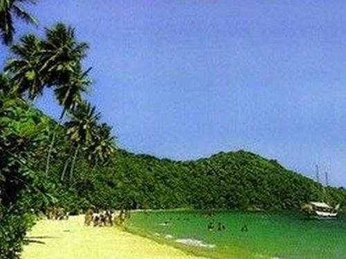 ilha-dos-frades-1.jpg