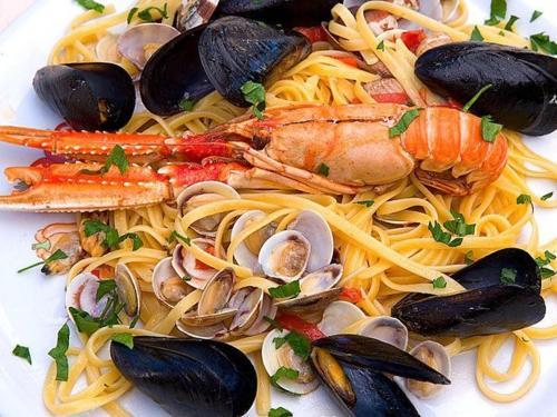 piatto-di-pesce-mare-marche-1.jpg