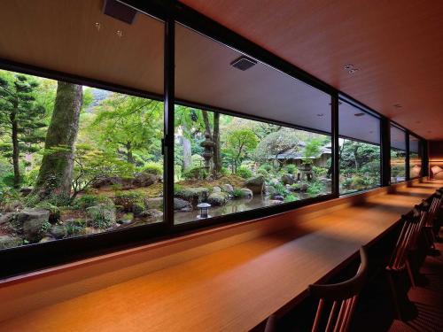 abcdef-diningroom-abc-9.jpg