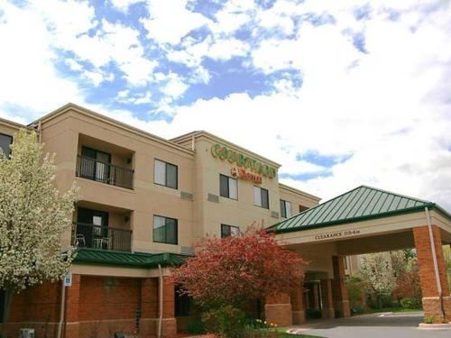 Traverse City Courtyard by Marriott
