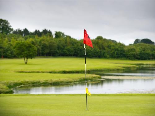 Golfing Breaks In Ennis