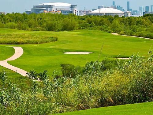 Houston Texas Wildcat Golf Club