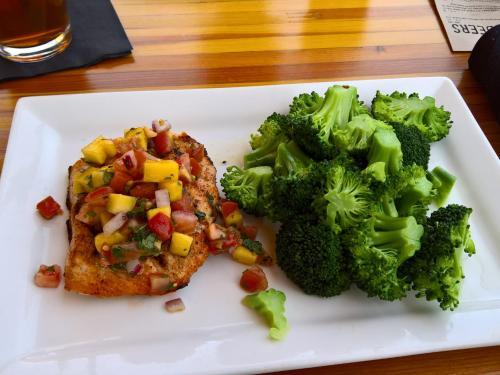 Scottsdale restaurant list - neighborhood delights
