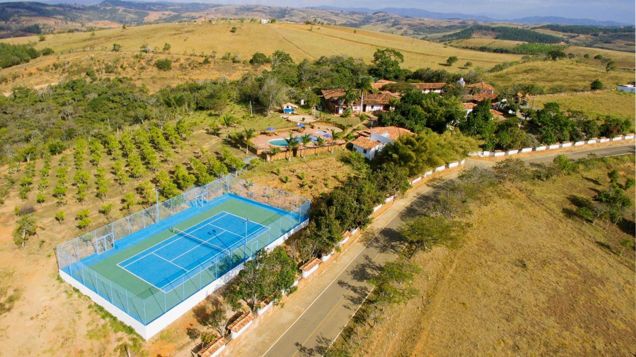 cancha tenis aire-2.jpg