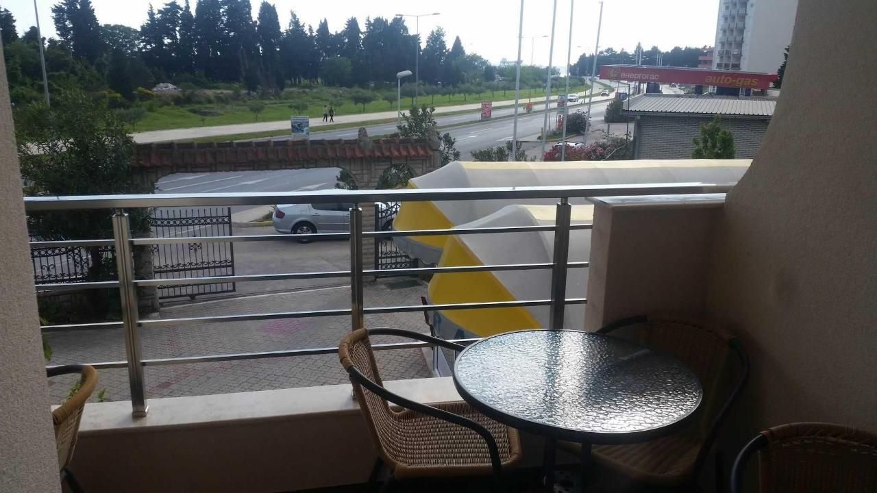 shared balcony double & Triple with Mountain View
