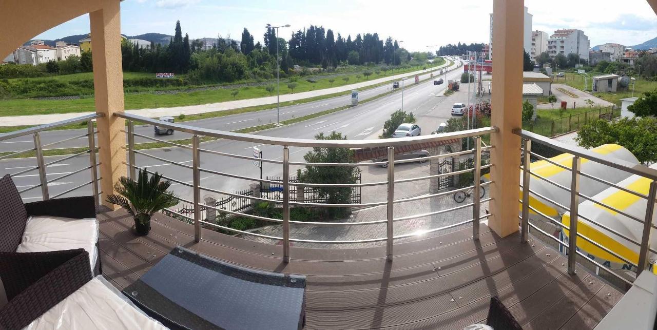 balcony-quadruple with sea view