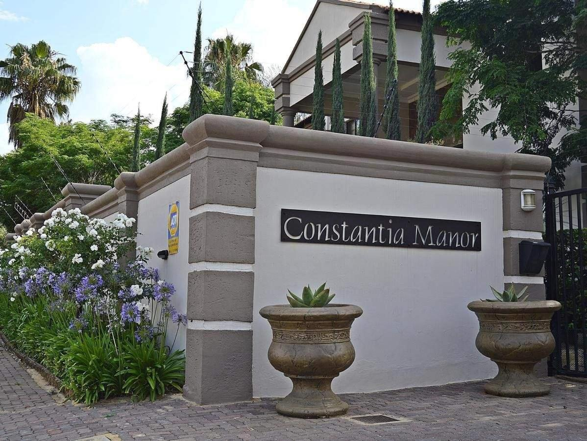 Main gate and entrance to Constantia Manor Guesthouse