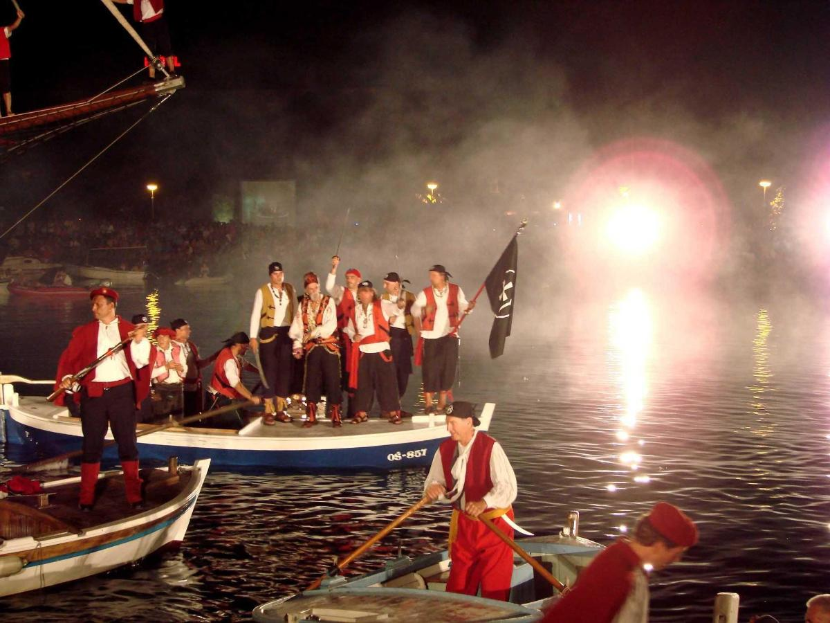 Omiš - Pirate borba