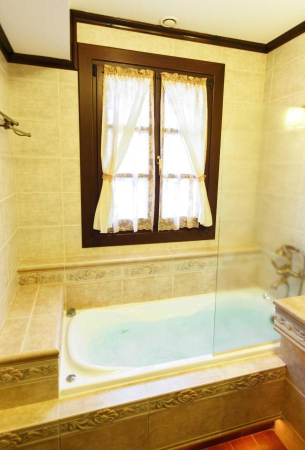 Deluxe-Zimmer, Badezimmer