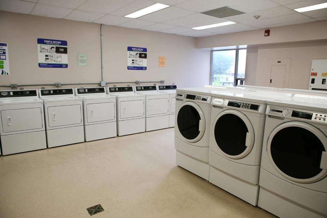 Laundry Facility.jpg