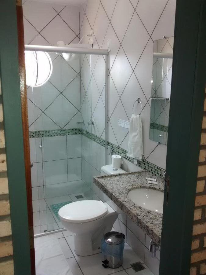 WC Chalé.jpg
