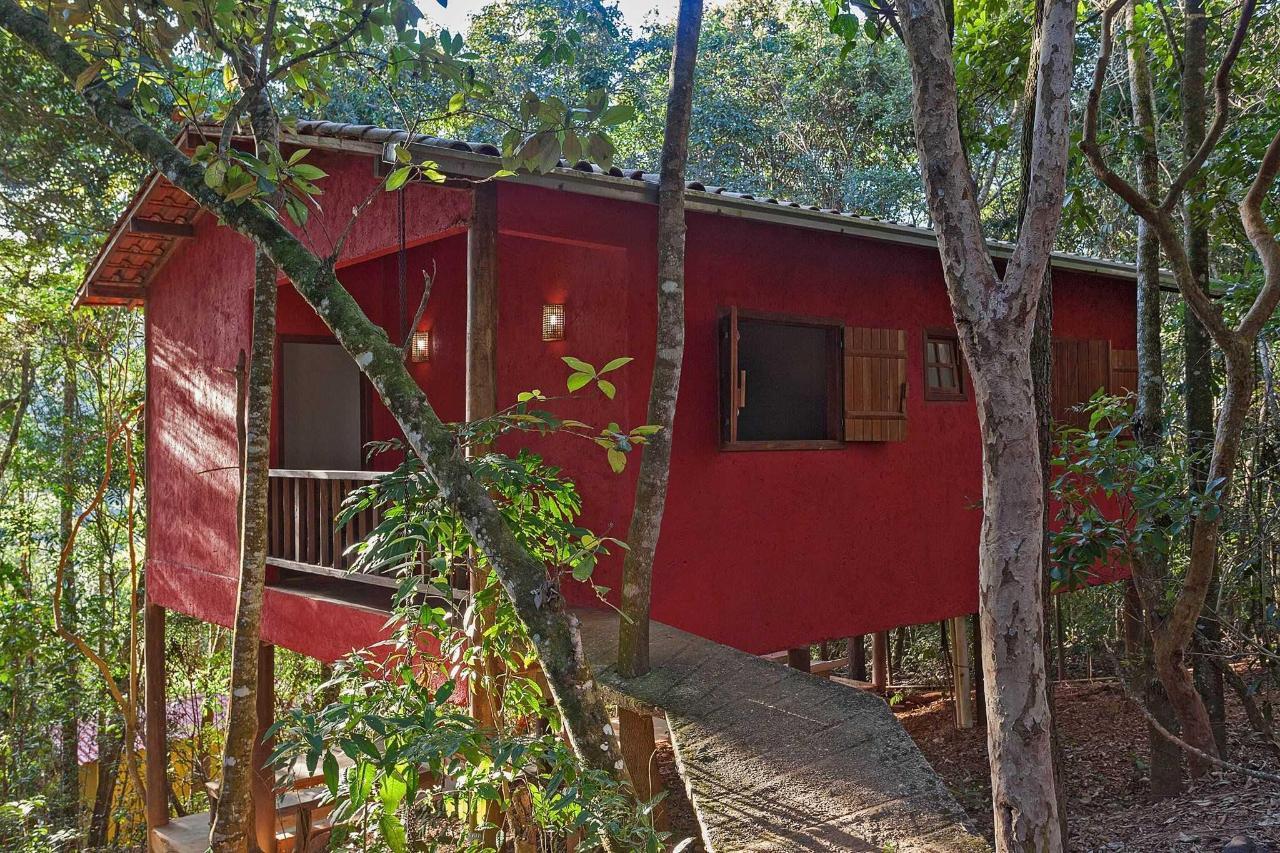 Chalé vermelho ( 2 quartos )