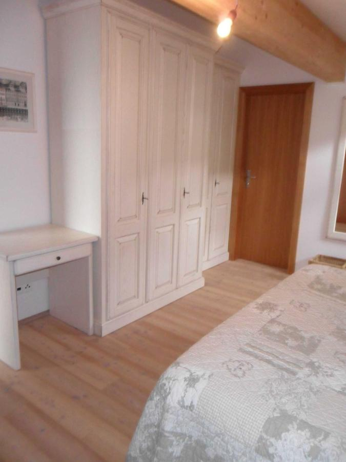 Three Bedroom-Apartment with balcony