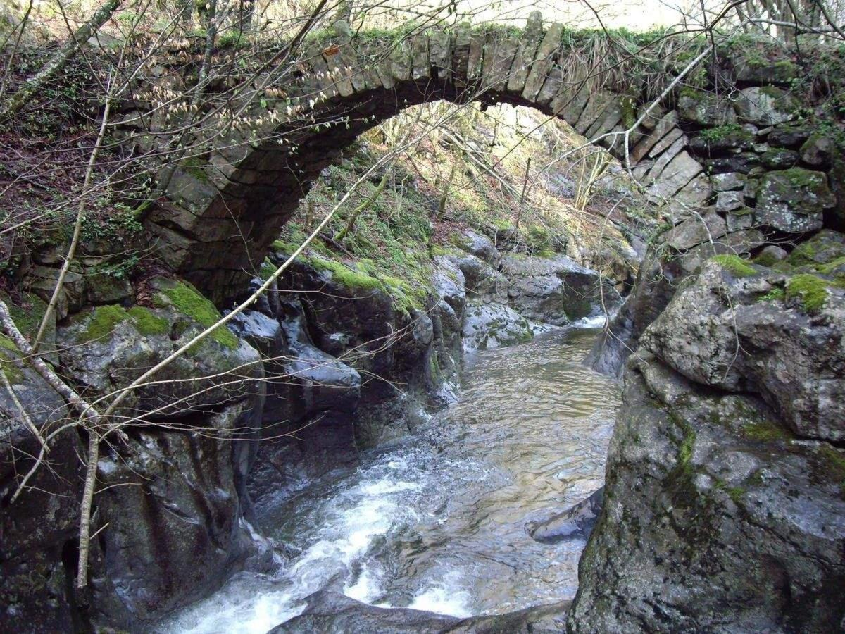 rutas junto a la PosadaLa Vieja Escuela en Los Valles Pasiegos de Cantabria