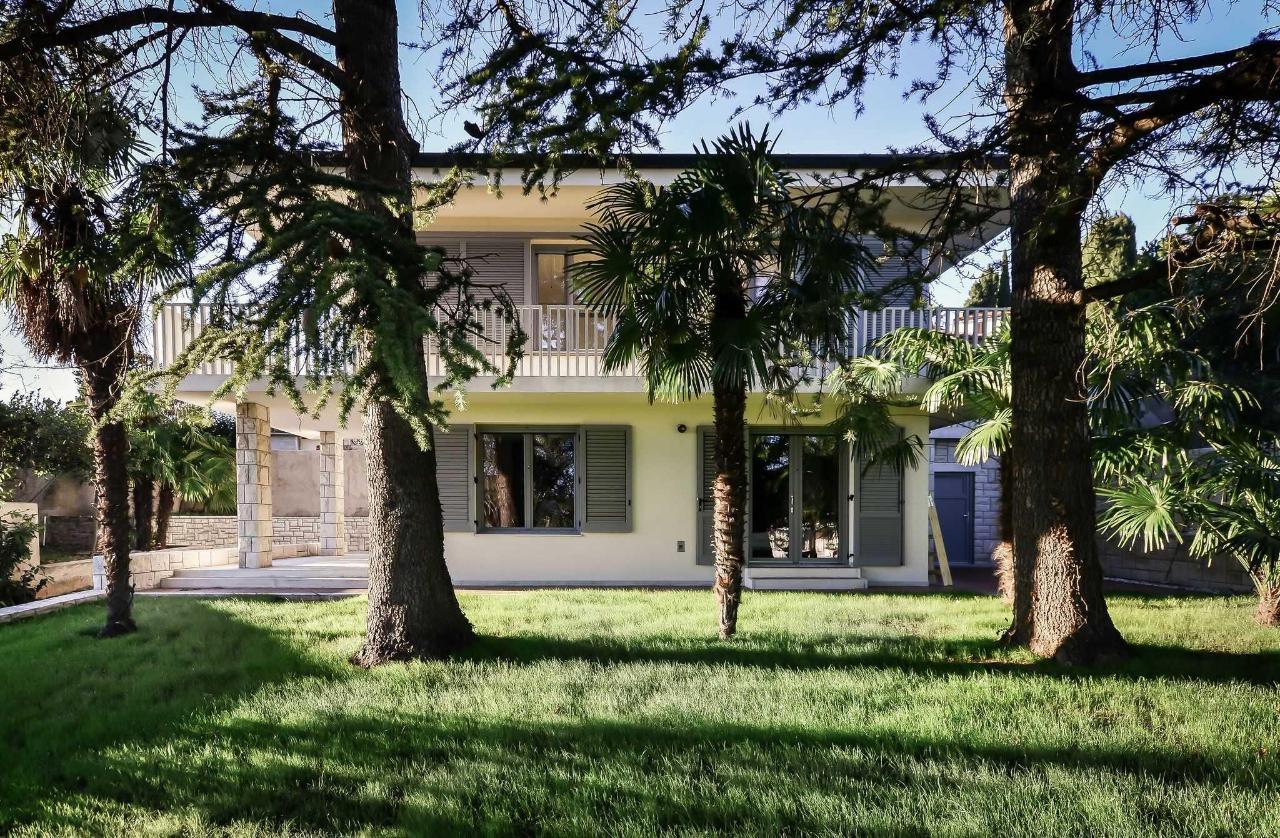 Forgotten Garden Villa