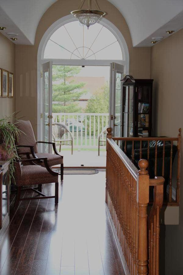Upstairs lounge & Balcony