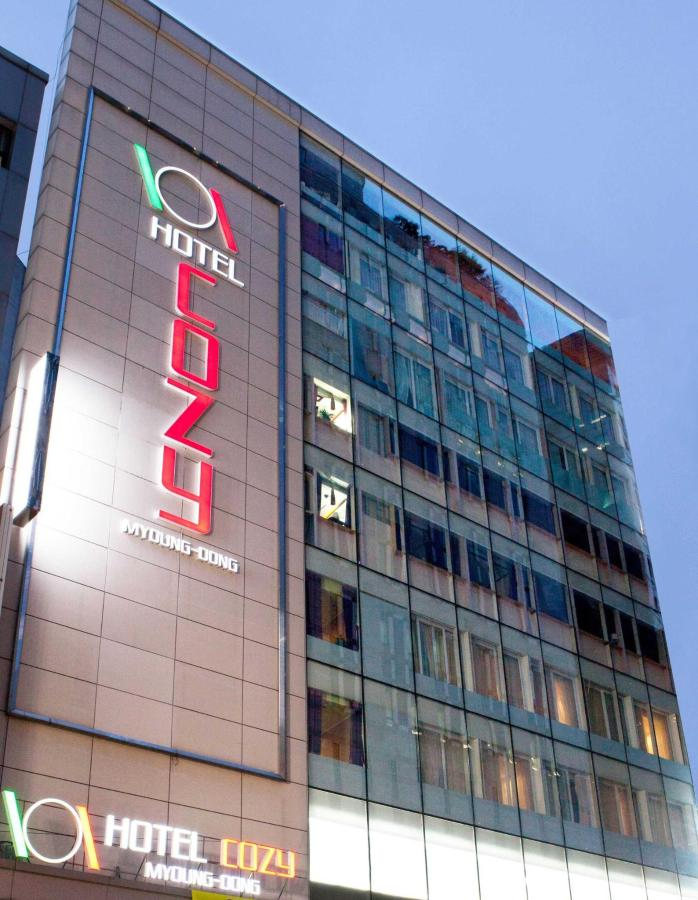 Hotel Cozy Myeongdong at Night.jpg
