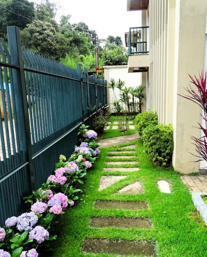 Jardim da fachada.jpg