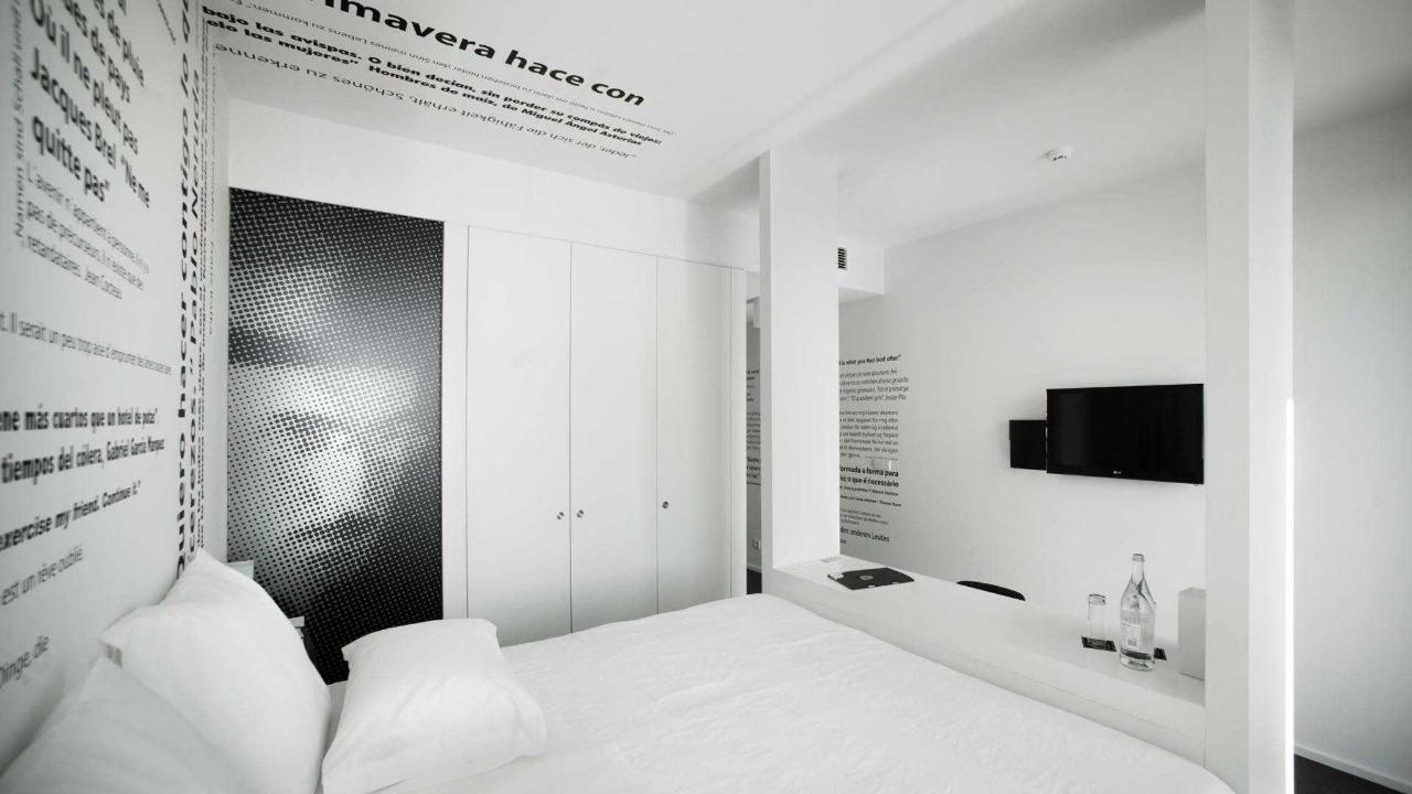 Rooms17
