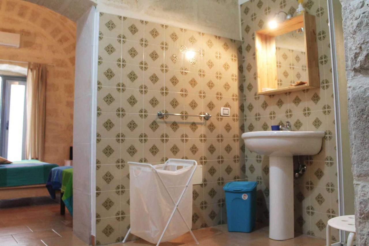 Double Room 5.jpg