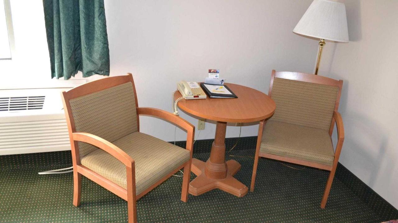 Sitting area.jpg