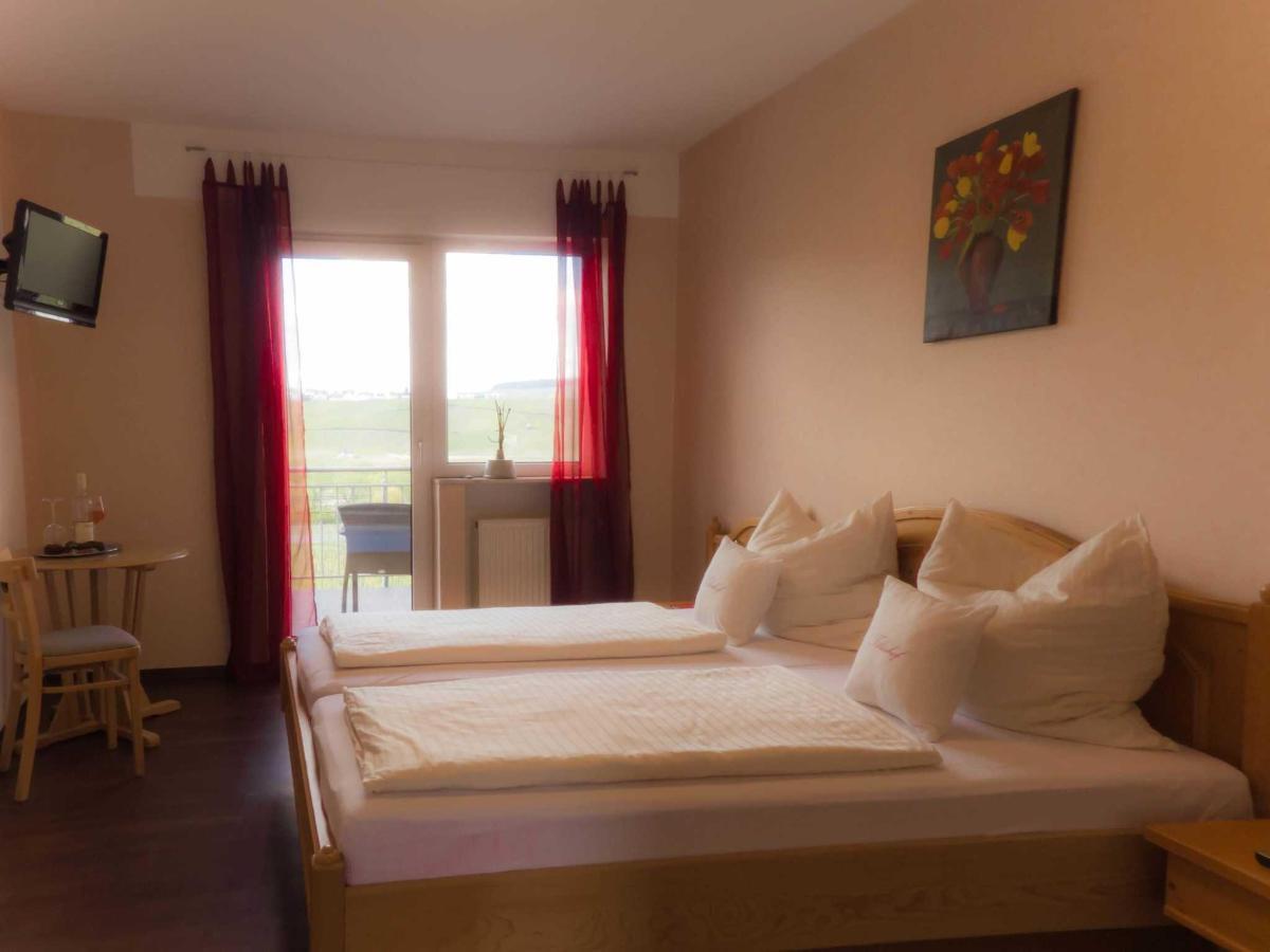 Spätburgunder Zimmer.jpg