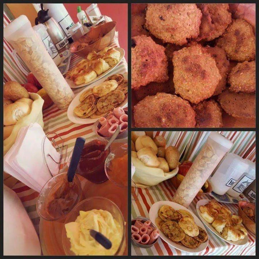 breakfast at el nomada hostel.jpg