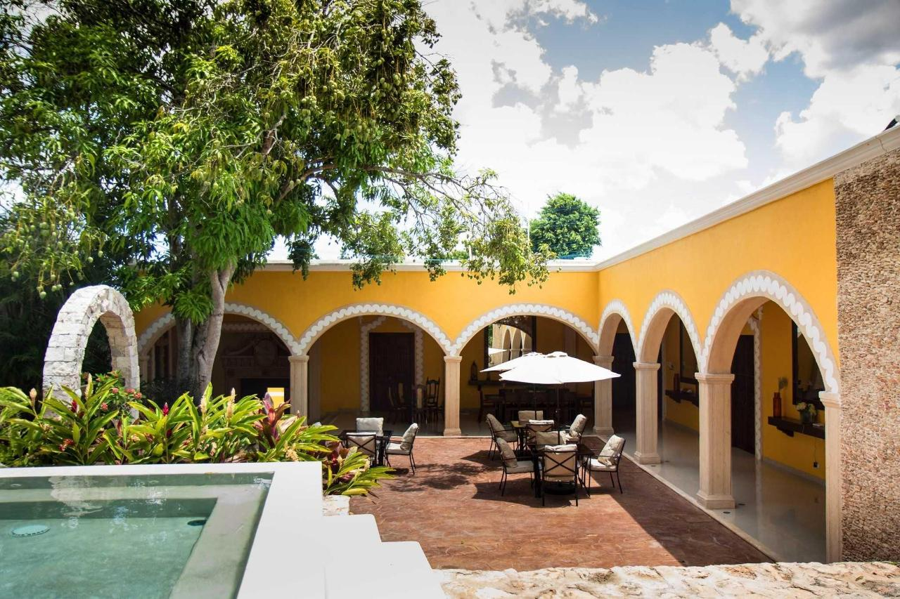 San Antonio Villa (Private House with  4 suites)