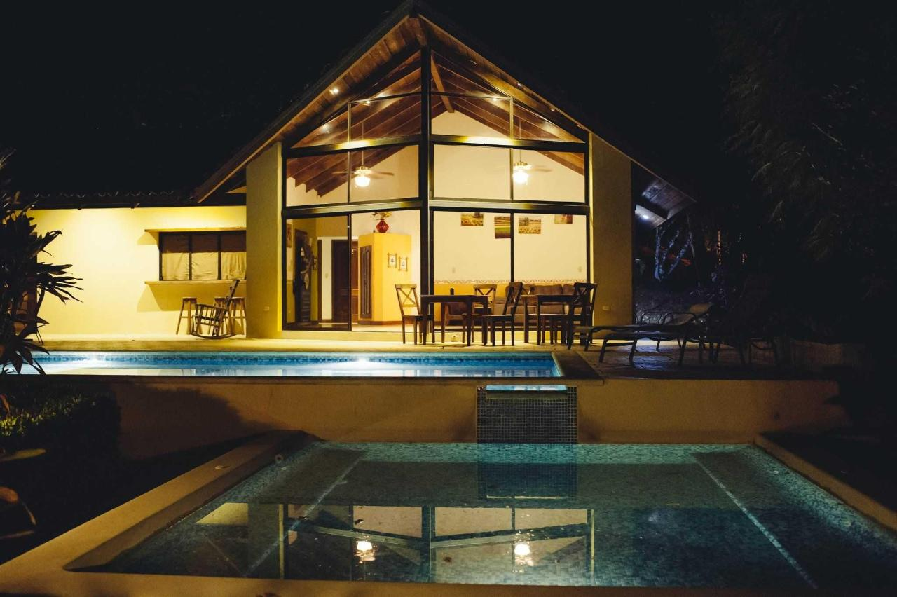 Villa with Private Pool and Jacuzzi3