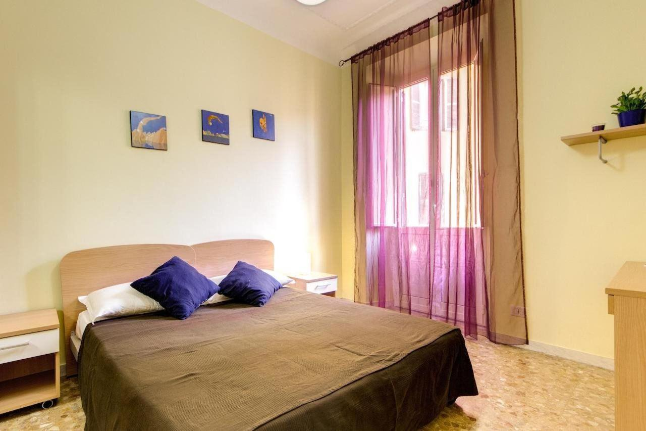Three-Bedroom Apartment - 30 Via Magna Grecia5