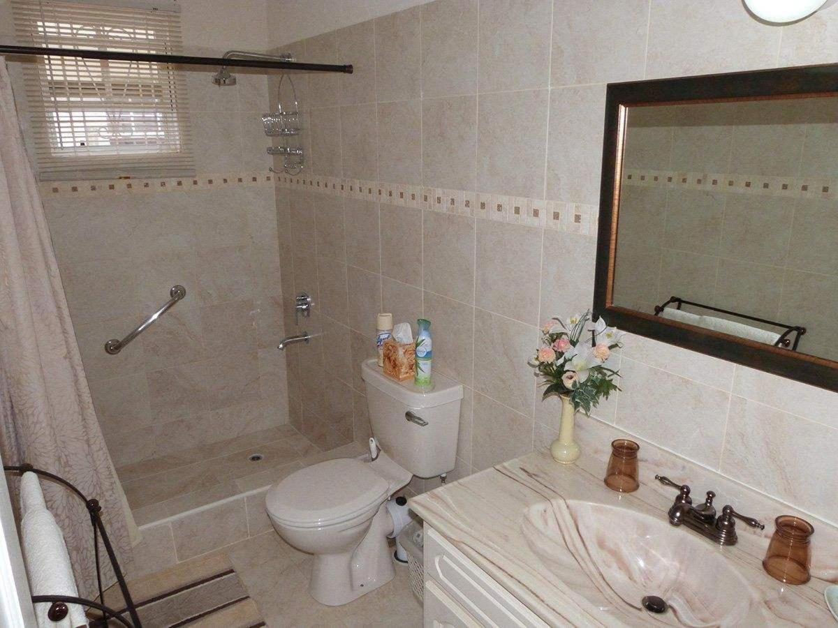 hopeville-new-bath-room-4.jpg