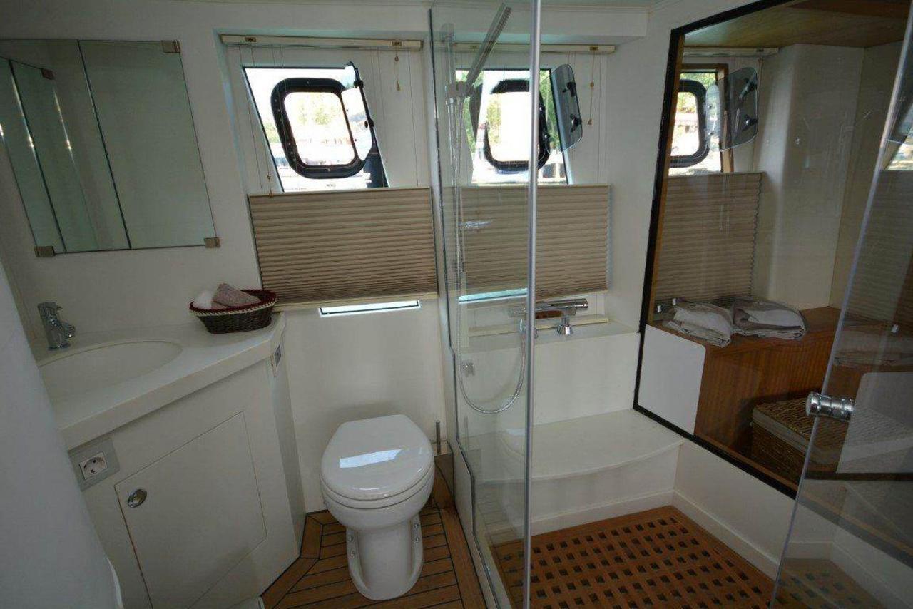 yat-bathroom-1.jpg