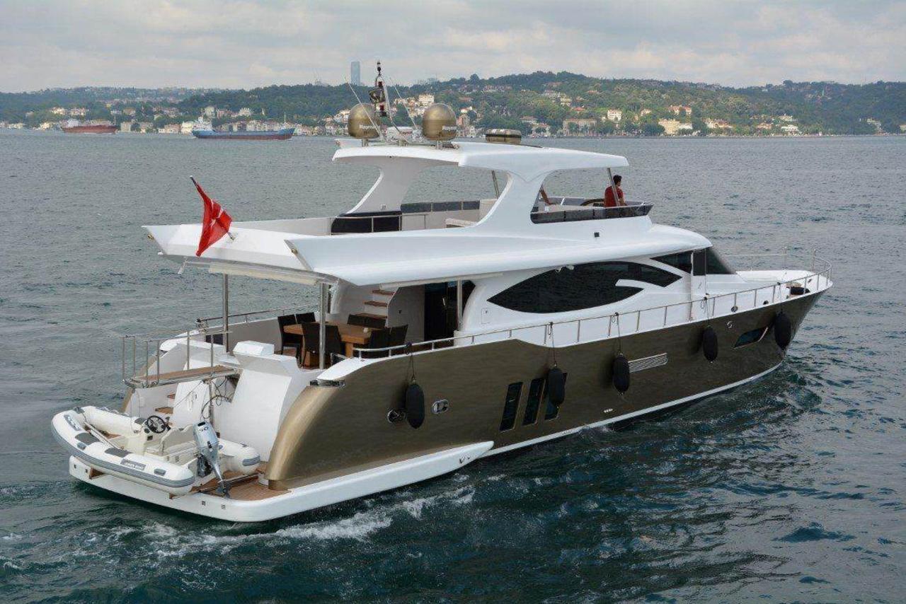 yacht-m-st-k-1.jpg