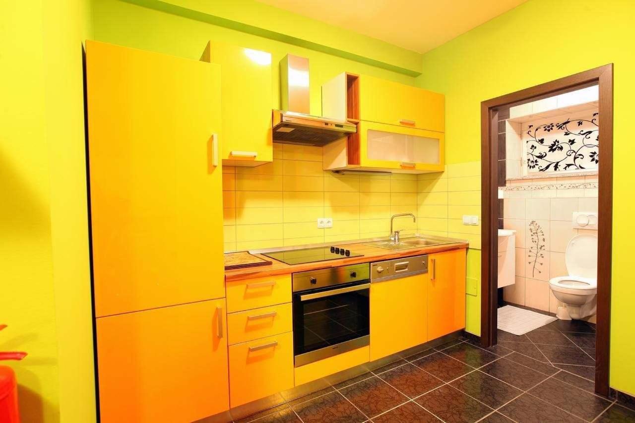 apartma adams 2 terme čatež kuhinja.jpg