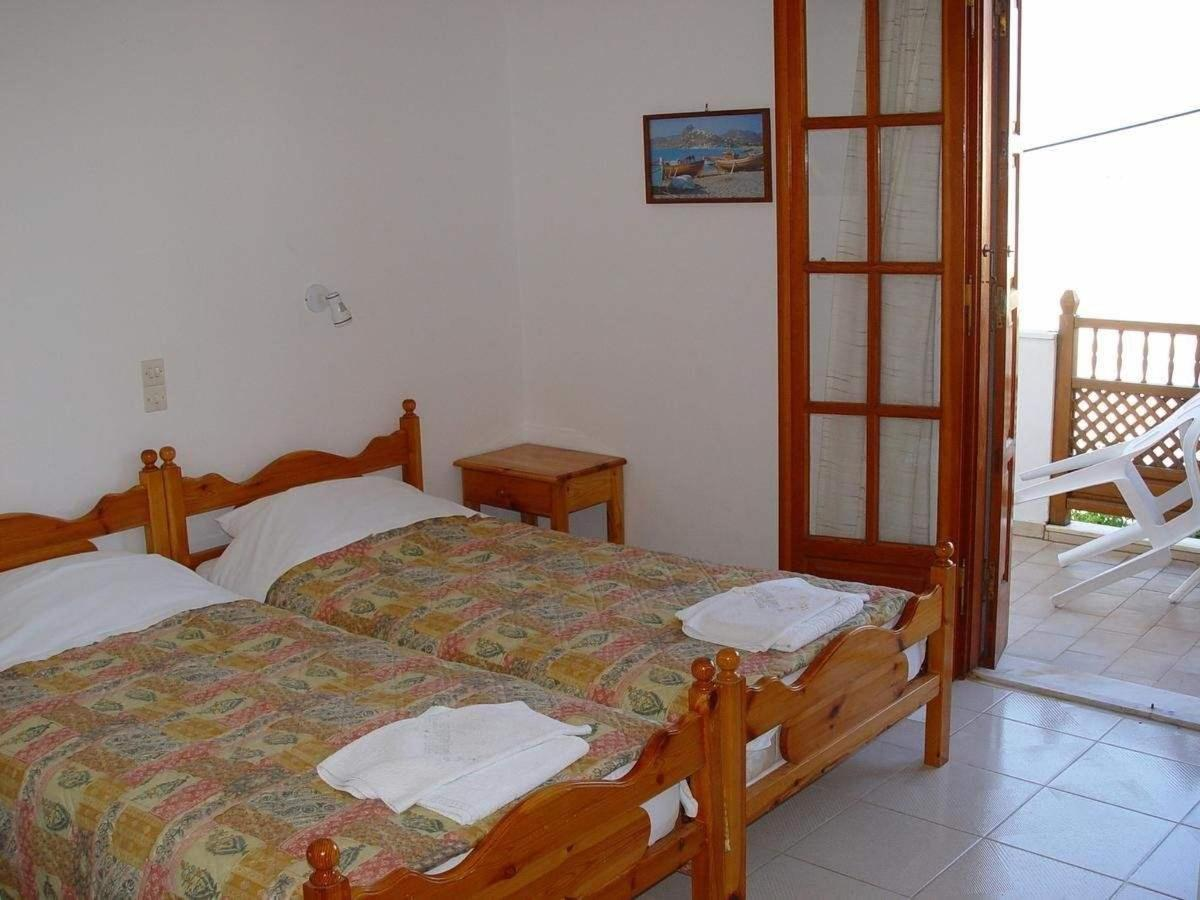 Rooms3