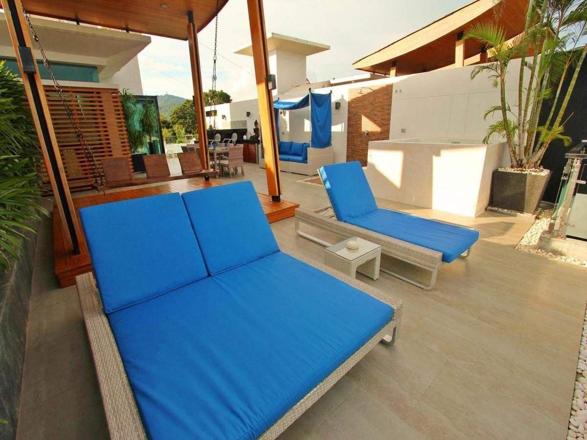 Sunbeds on the terrace