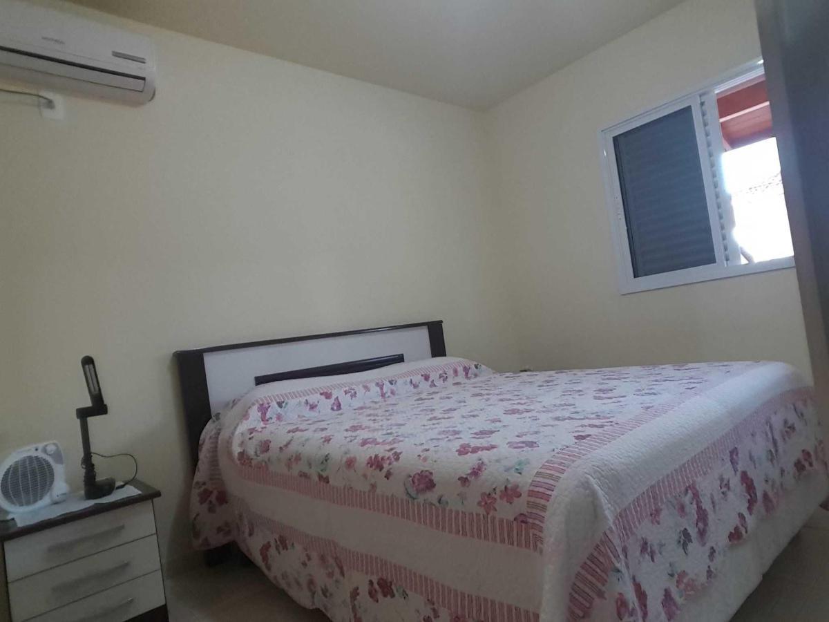 Apartamento 202 - 2º Andar