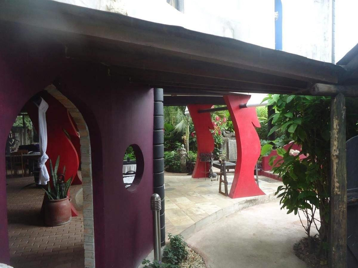 open-air dining experience at Casa Sofia's Italian Restaurant at
