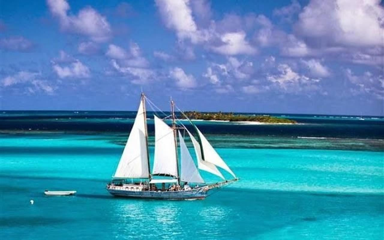Day Trip by Schooner to the Tobago Cays.jpg