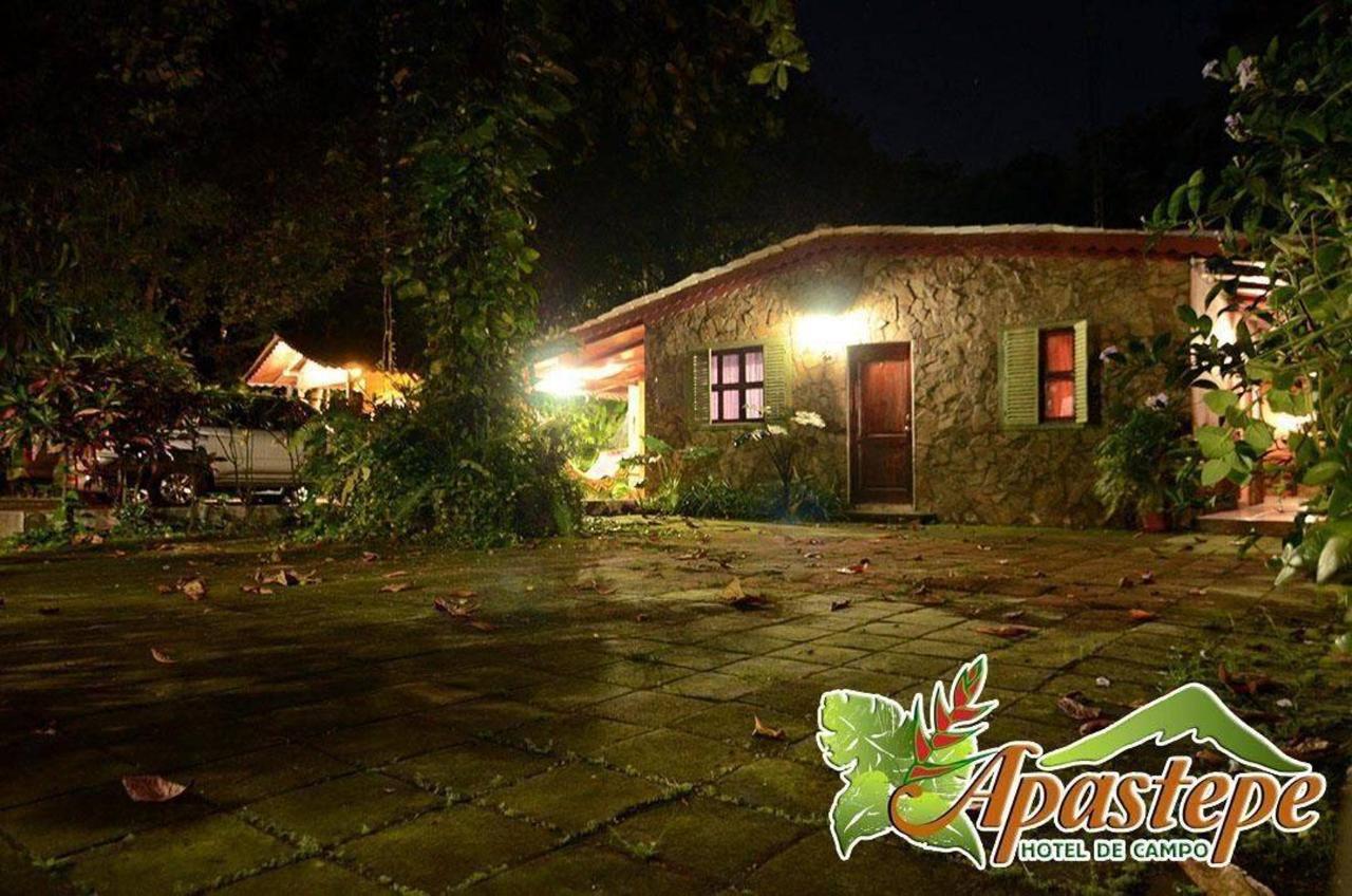 Property21 Vista nocturna Habitación 1