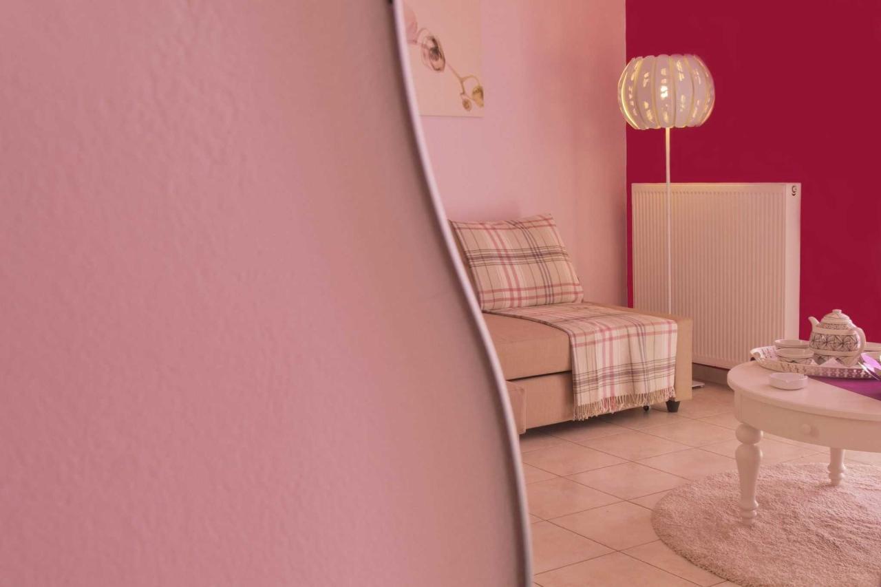 Half Sofa door de Spiegel
